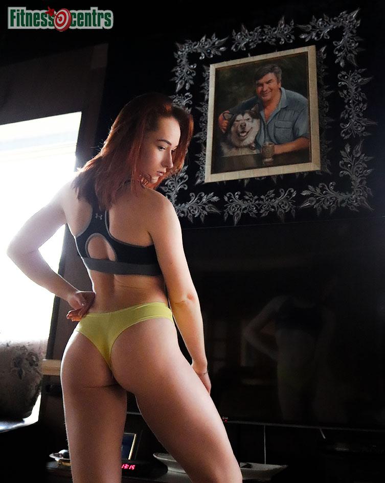 http://img.fitnes.lv/2/ass_bikini_babes_227389273_9068.jpg