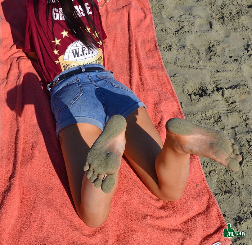 http://img.fitnes.lv/2/beach_278_0899.jpg