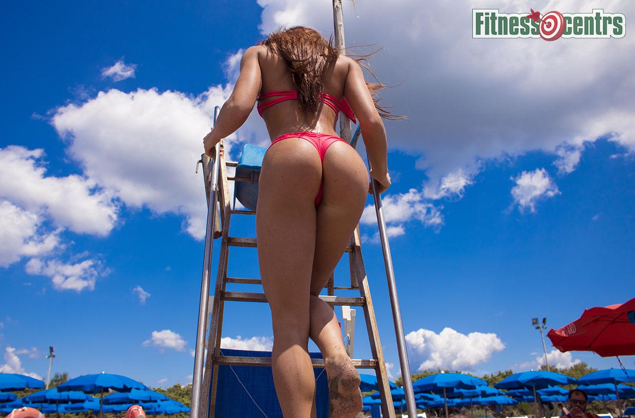 http://img.fitnes.lv/2/beach_bikini_8282987633_4203.jpg