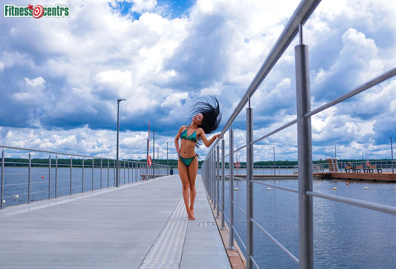 http://img.fitnes.lv/2/beach_bikini_girls_4571.jpg