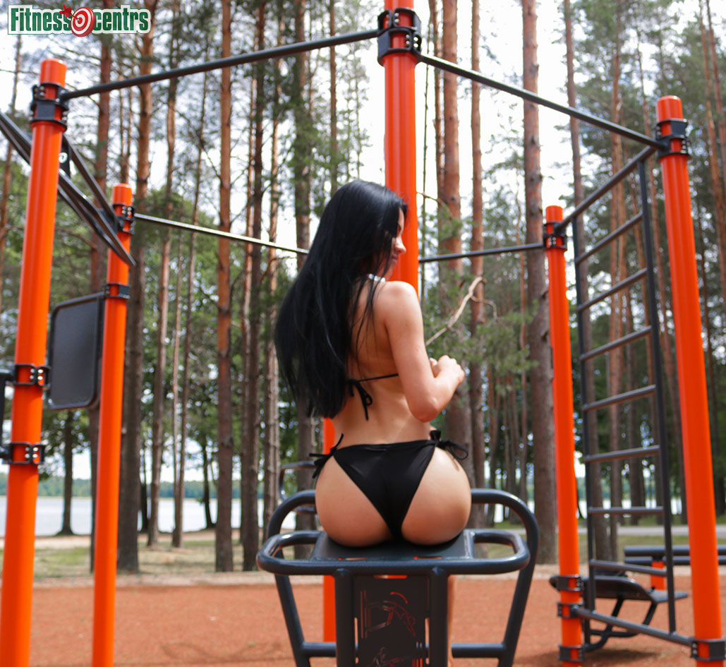 http://img.fitnes.lv/2/beach_girl_789_4461.jpg
