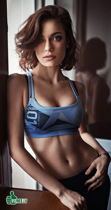 http://img.fitnes.lv/2/beautiful_babes_0927237655212.jpg