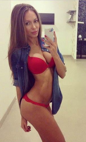 http://img.fitnes.lv/2/beautiful_babes_2987467585.jpg
