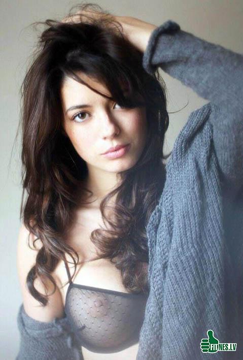 http://img.fitnes.lv/2/beautiful_babes_992807832.jpg