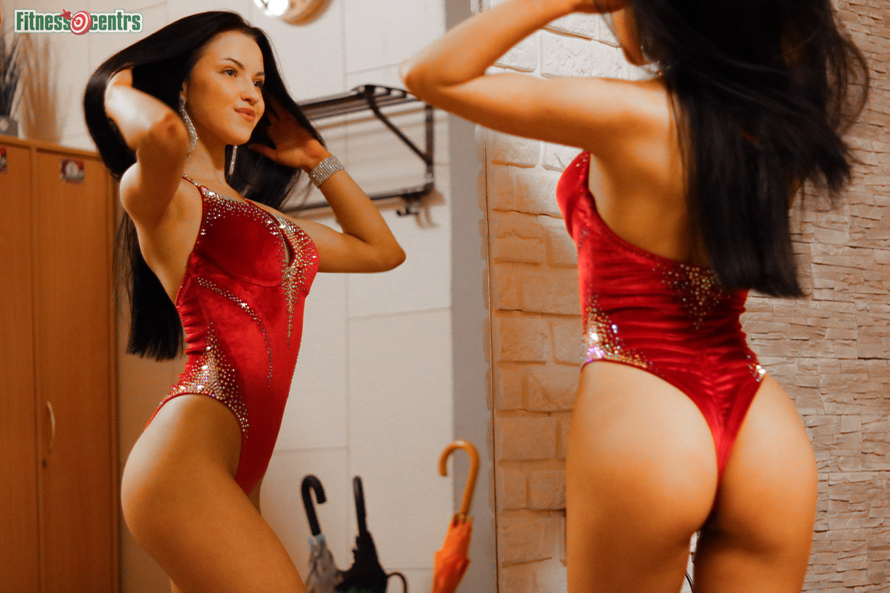 http://img.fitnes.lv/2/beautiful_girls_837_9101.jpg