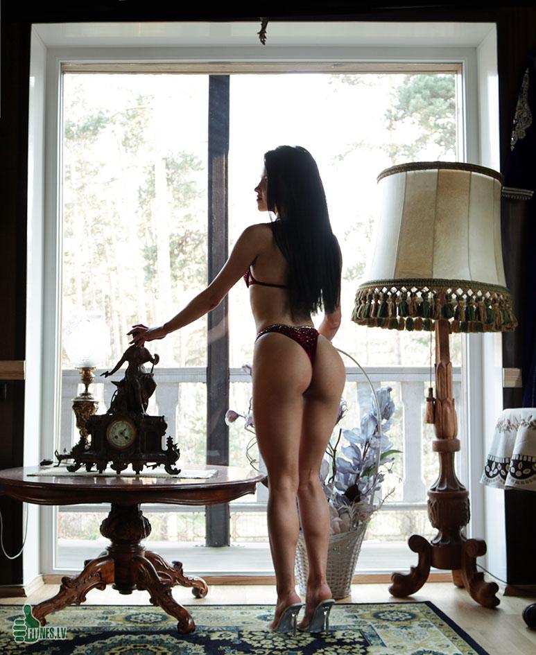 http://img.fitnes.lv/2/bikini-girls-78876_3752.jpg