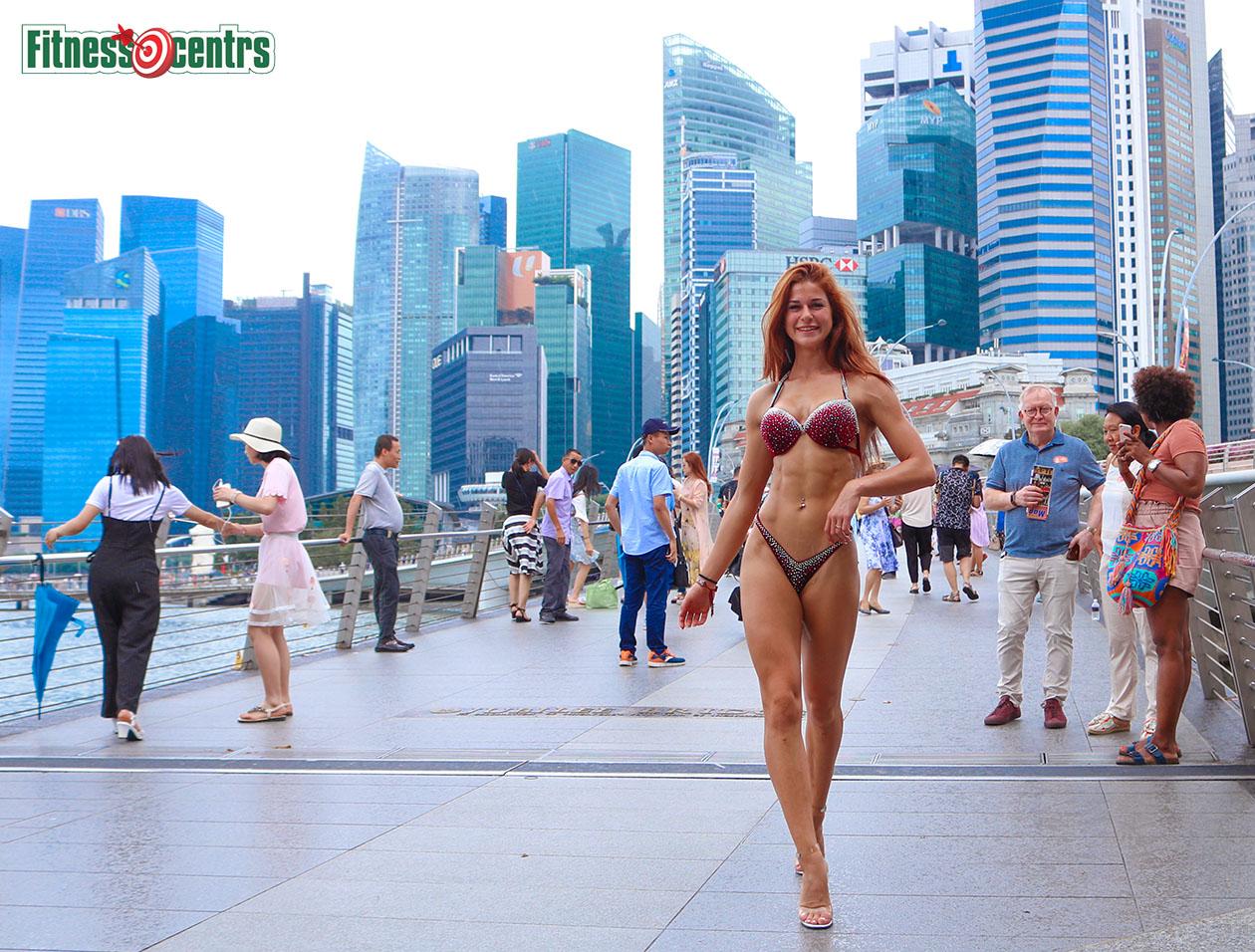 http://img.fitnes.lv/2/bikini_Singapore_276465_1021.jpg