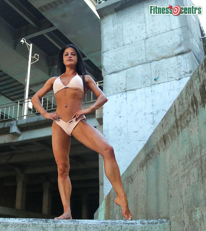 http://img.fitnes.lv/2/bikini_WFF278_1770.jpg