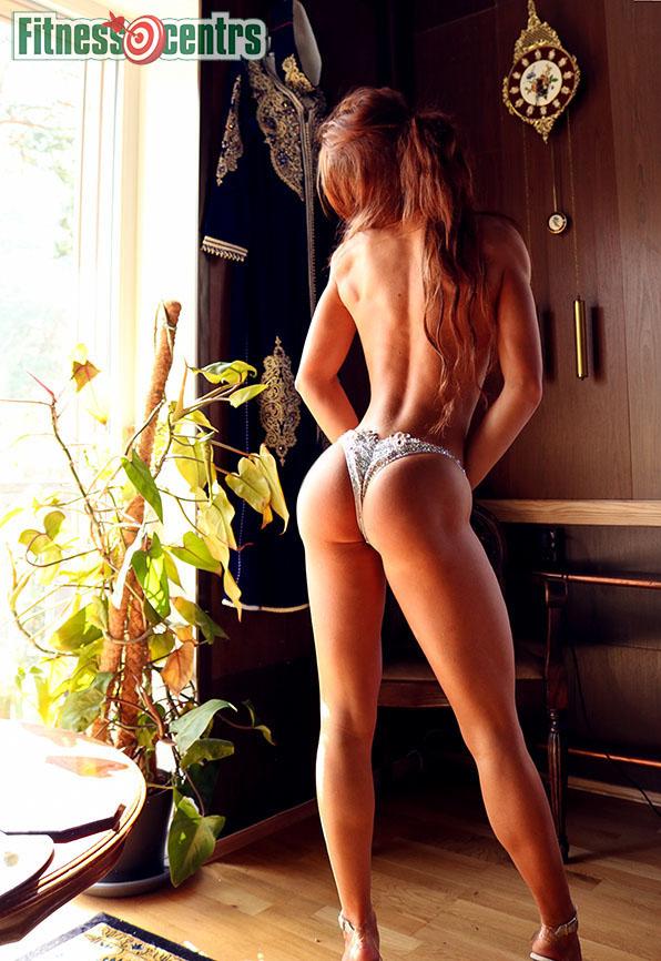 http://img.fitnes.lv/2/bikini_ass_3784_8427.jpg
