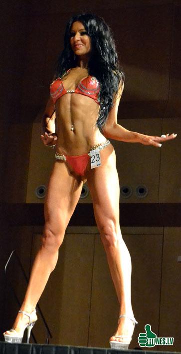 http://img.fitnes.lv/2/bikini_babes_0458.jpg