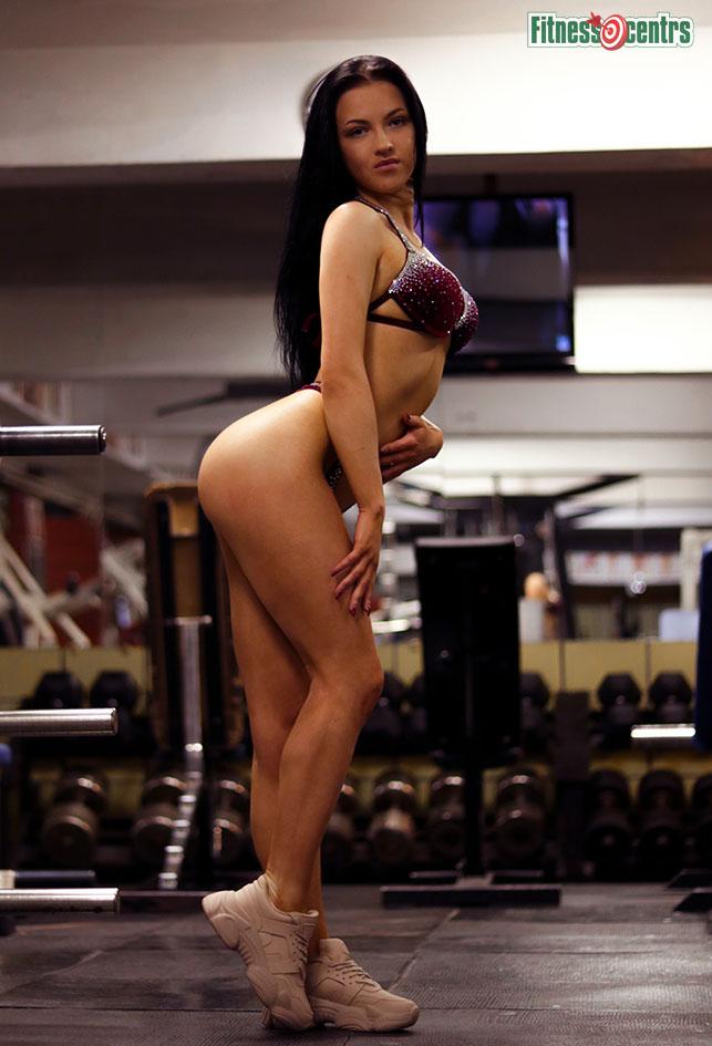http://img.fitnes.lv/2/bikini_babes_783743_0093.jpg