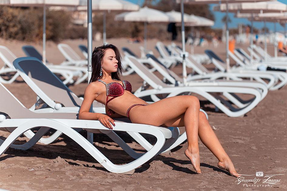 http://img.fitnes.lv/2/bikini_beach_2892764.jpg