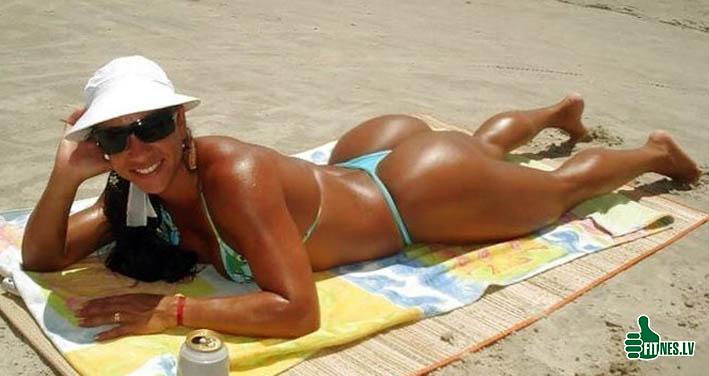 http://img.fitnes.lv/2/bikini_bum_bum_99025.jpg