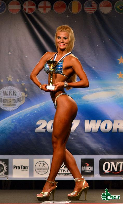 http://img.fitnes.lv/2/bikini_fitness_7653_0126.jpg