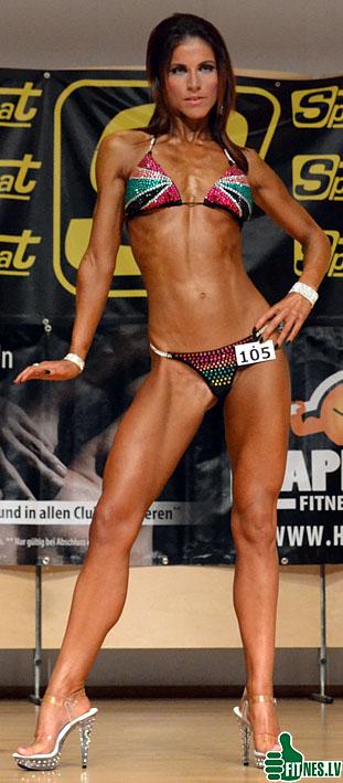 http://img.fitnes.lv/2/bikini_girls_0066.jpg