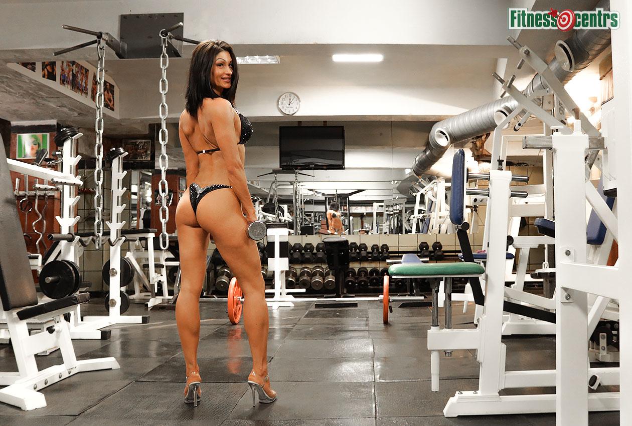 http://img.fitnes.lv/2/bikini_girls_17819187272.jpg