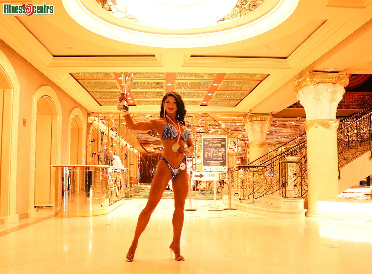 http://img.fitnes.lv/2/bikini_girls_2678282_0935.jpg