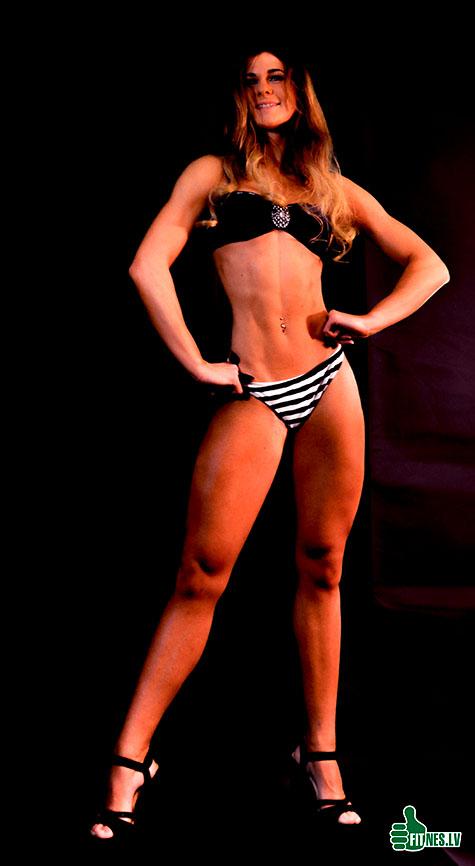 http://img.fitnes.lv/2/bikini_girls_27833_0263.jpg