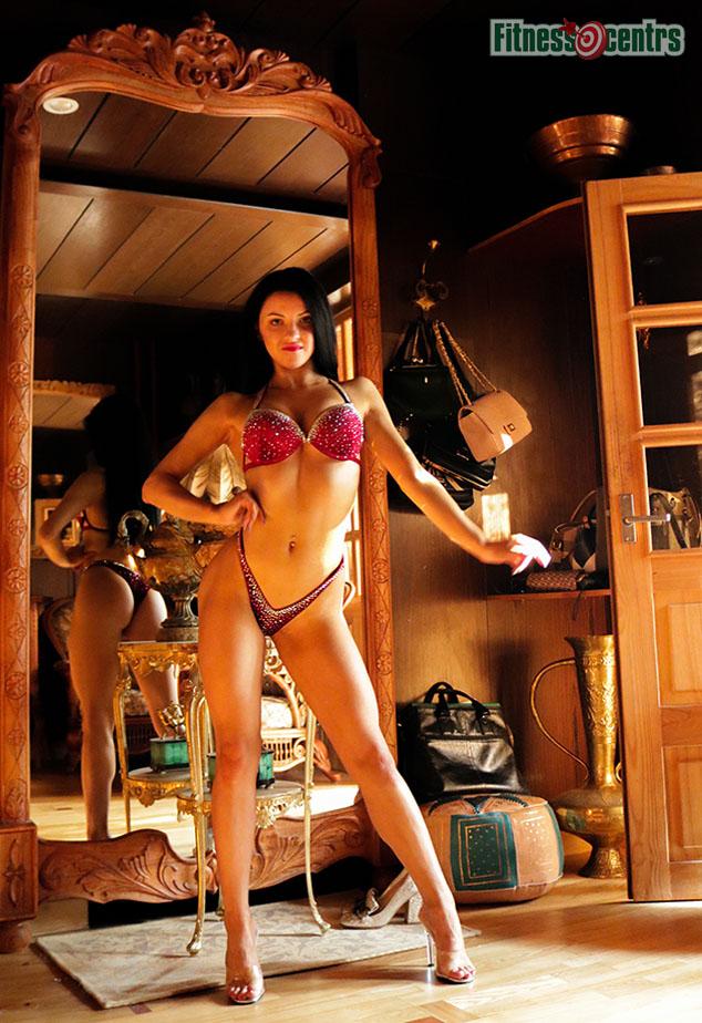 http://img.fitnes.lv/2/bikini_girls_28374_3783.jpg