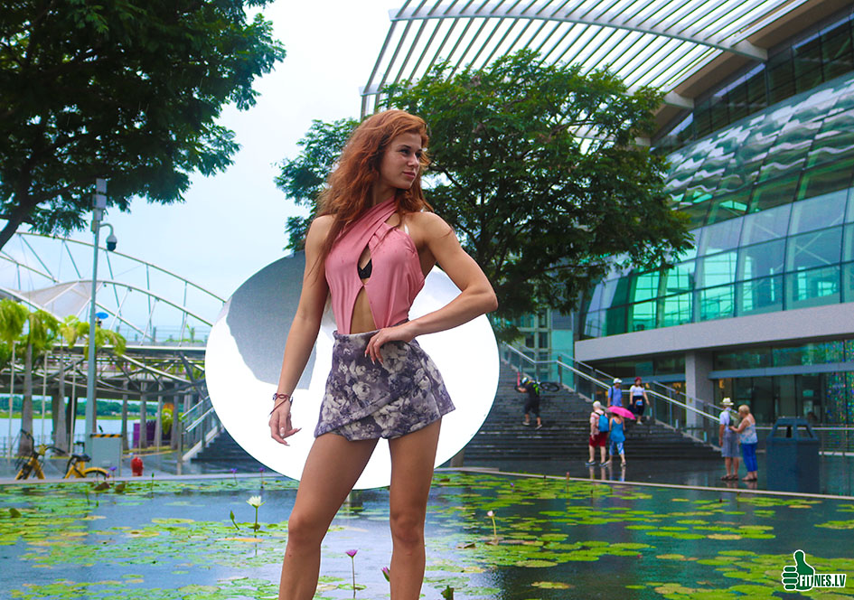 http://img.fitnes.lv/2/bikini_girls_28383_8916.jpg