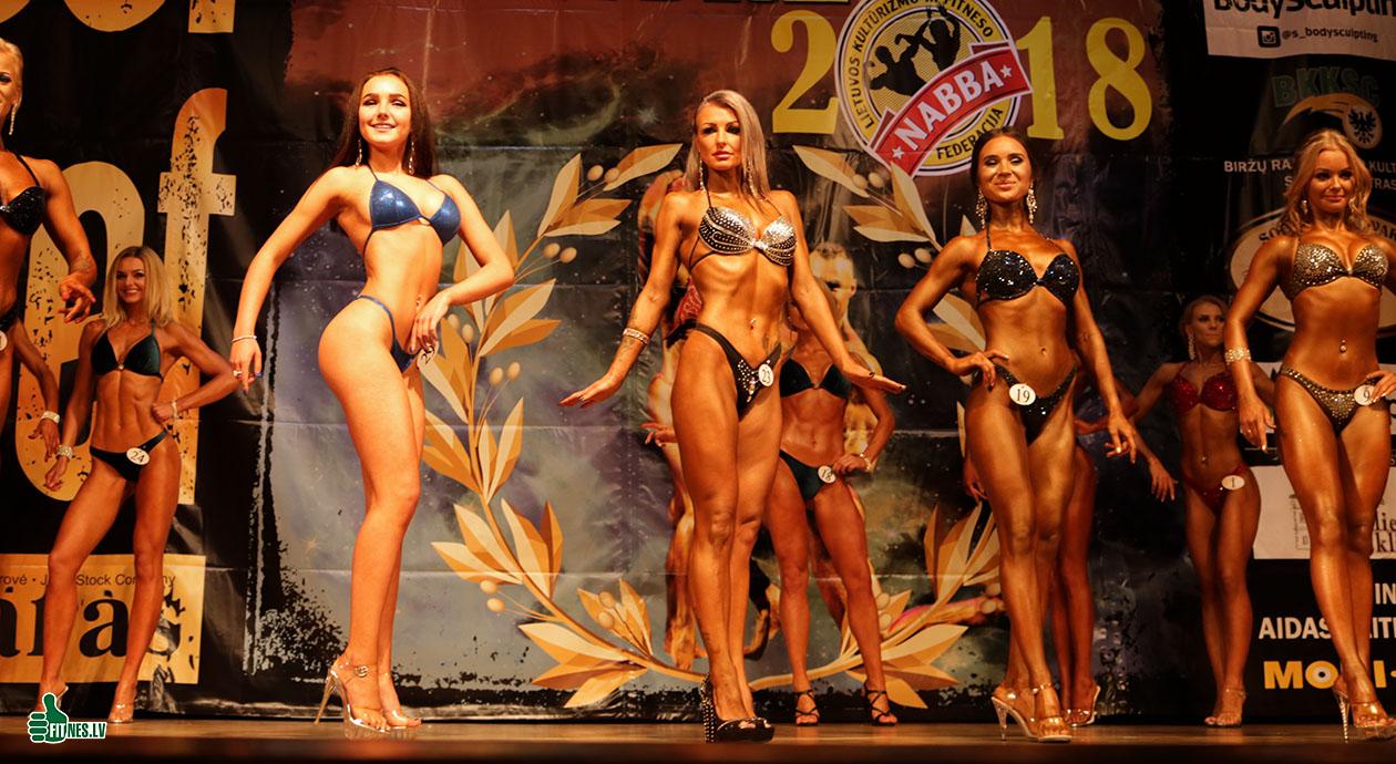 http://img.fitnes.lv/2/bikini_girls_2873_9625.jpg