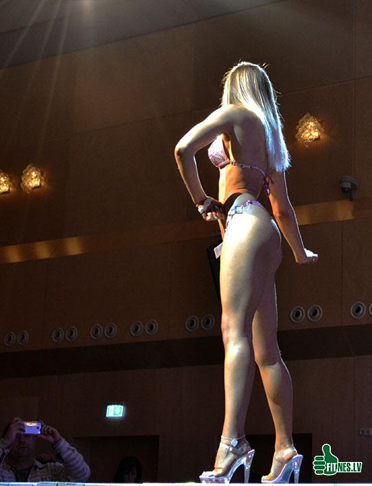 http://img.fitnes.lv/2/bikini_girls_289_0194.jpg