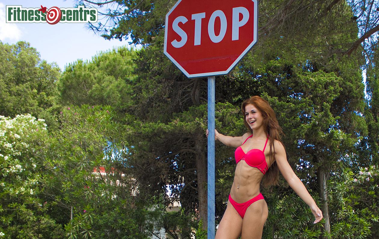 http://img.fitnes.lv/2/bikini_girls_378764_4297.jpg
