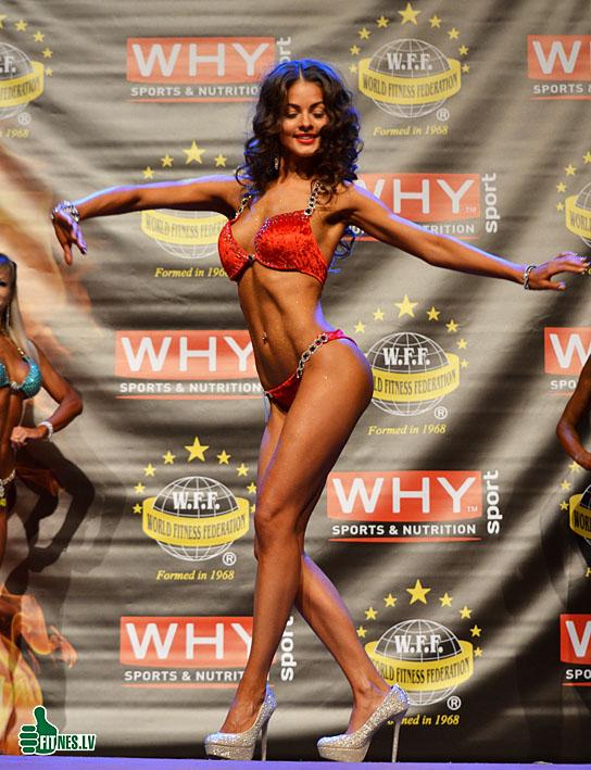 http://img.fitnes.lv/2/bikini_girls_383_0965.jpg