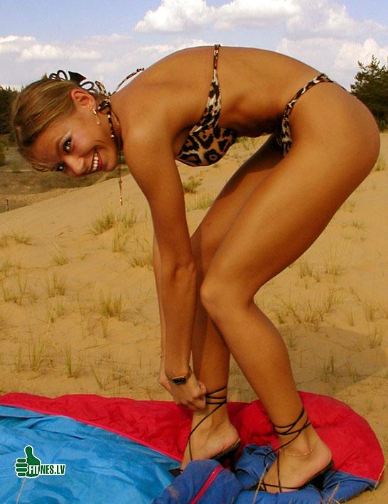 http://img.fitnes.lv/2/bikini_girls_56782.jpg