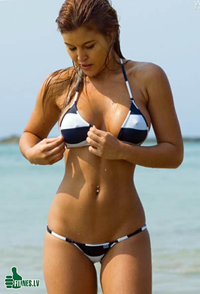 http://img.fitnes.lv/2/bikini_girls_9328904.jpg