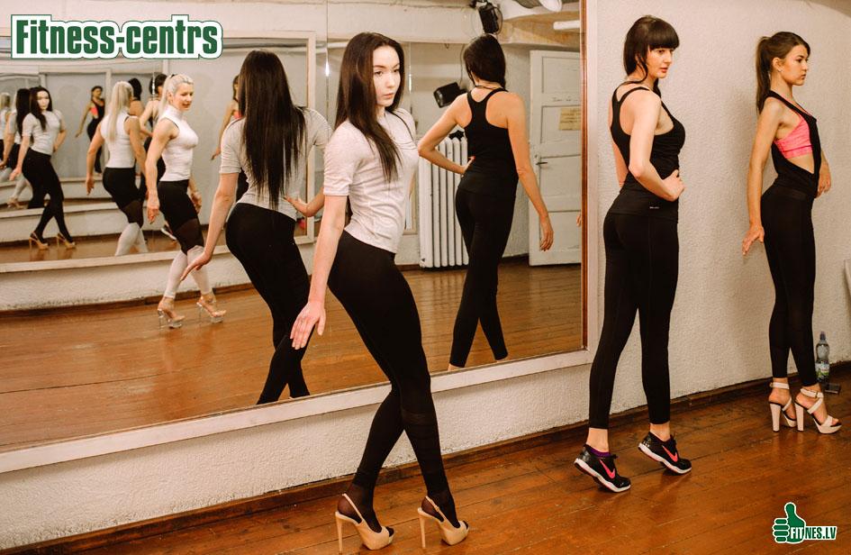 http://img.fitnes.lv/2/bikini_girls_983028394.jpg