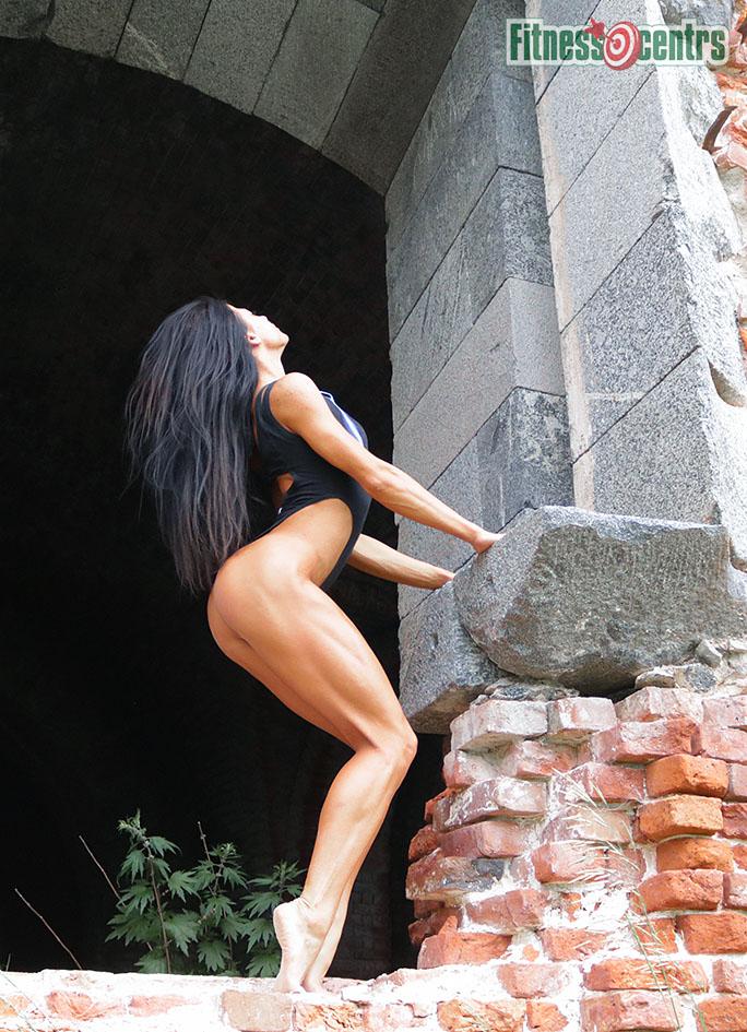 http://img.fitnes.lv/2/bikini_krepost_72893_0313.jpg