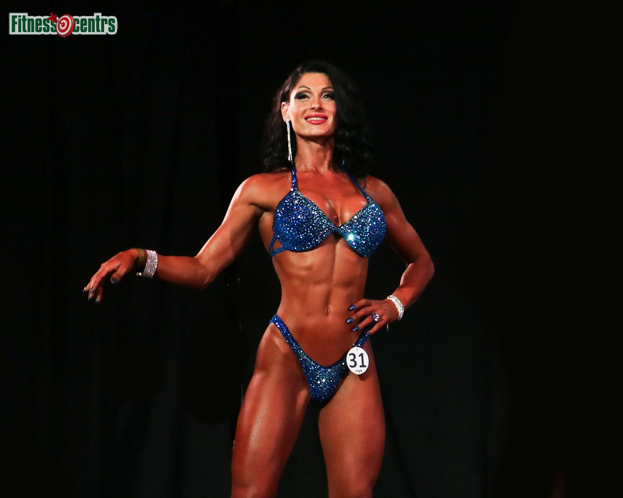 http://img.fitnes.lv/2/bikini_model_27891882_0581.jpg