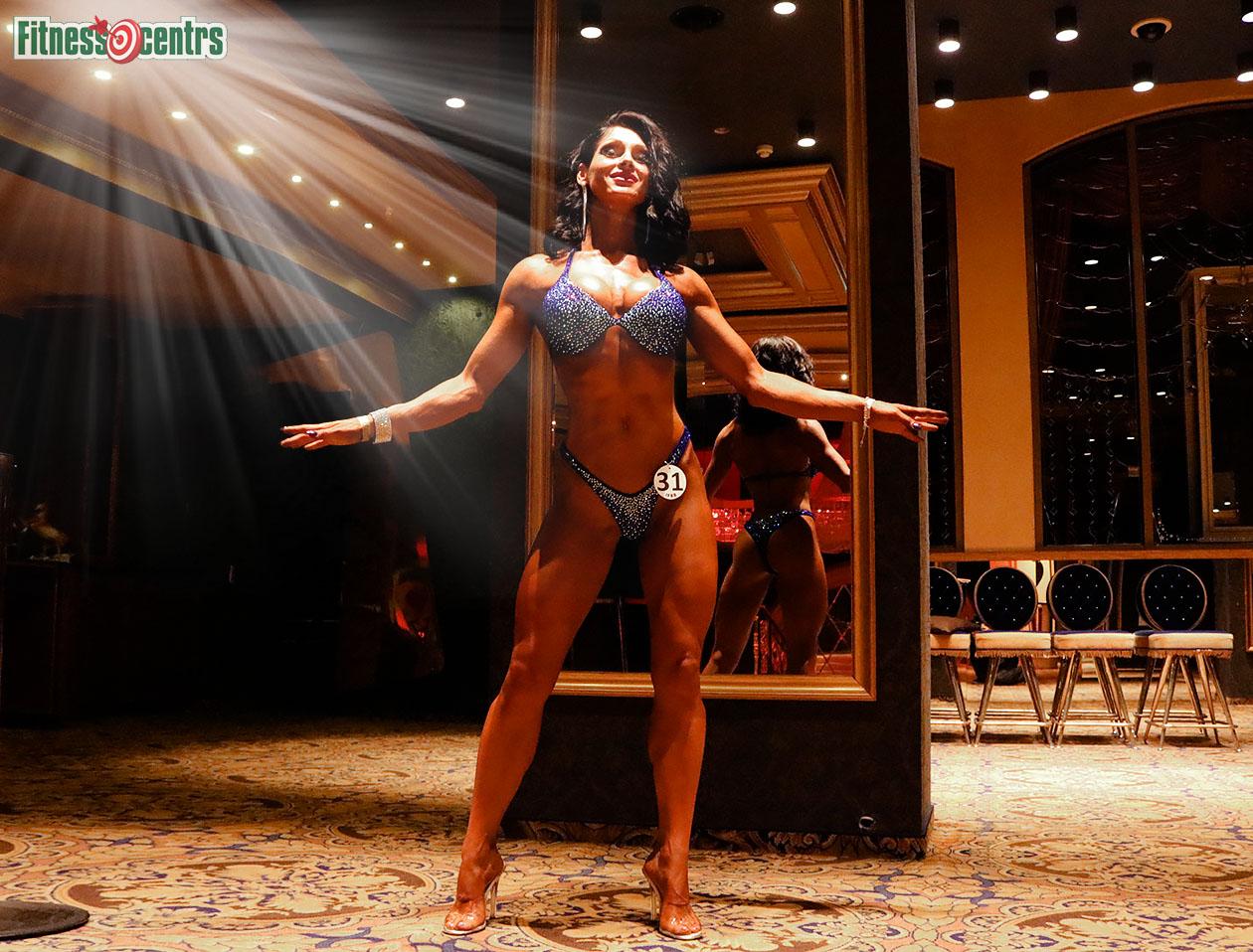 http://img.fitnes.lv/2/bikini_model_2789383_0699_2.jpg