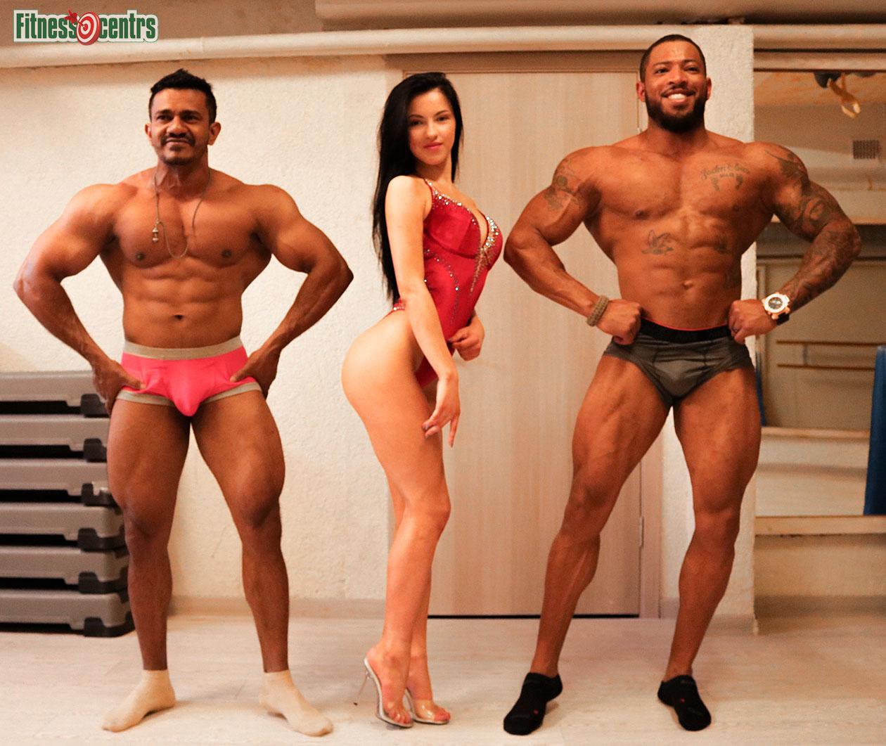 http://img.fitnes.lv/2/bikini_model_29372_2634.jpg