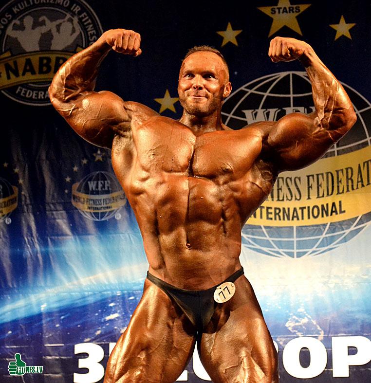 http://img.fitnes.lv/2/bodybilding_Aivars_0398.jpg