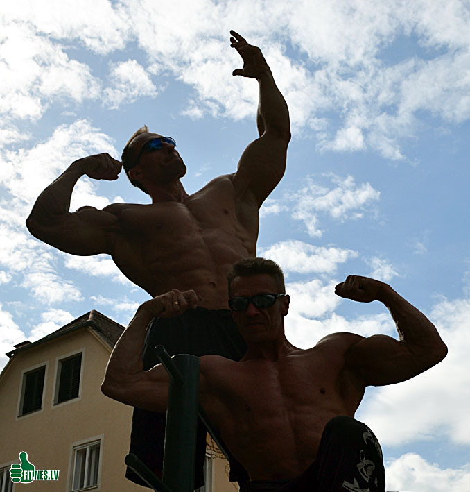 http://img.fitnes.lv/2/bodybuilding_0046.jpg