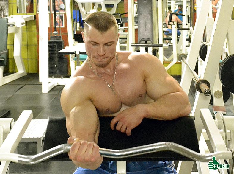 http://img.fitnes.lv/2/bodybuilding_0094_97.jpg