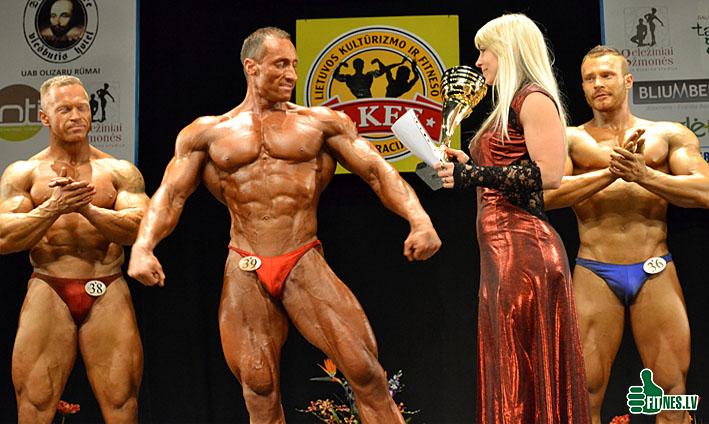 http://img.fitnes.lv/2/bodybuilding_0593.jpg