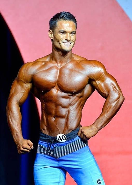 http://img.fitnes.lv/2/bodybuilding_101987655671.jpg