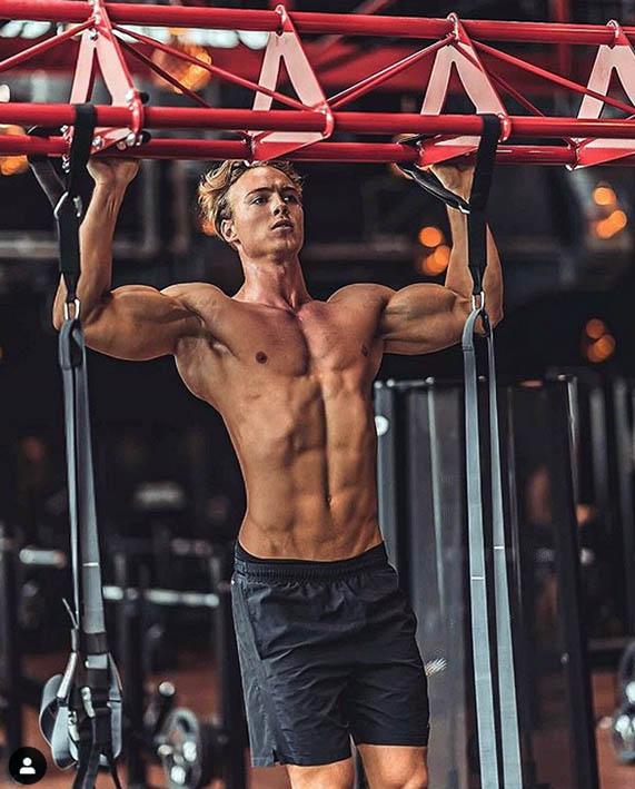 http://img.fitnes.lv/2/bodybuilding_101989387572671.jpg