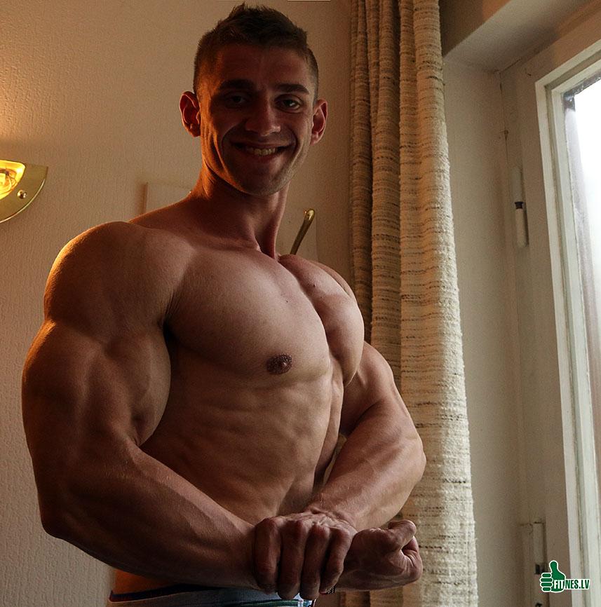 http://img.fitnes.lv/2/bodybuilding_2882_6935.jpg