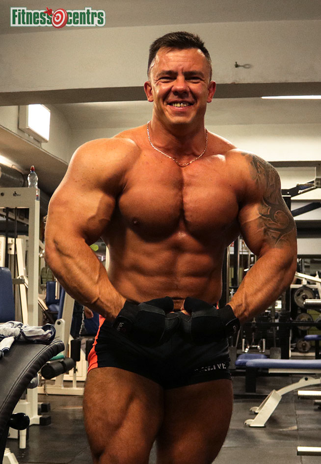 http://img.fitnes.lv/2/bodybuilding_289373_4889.jpg