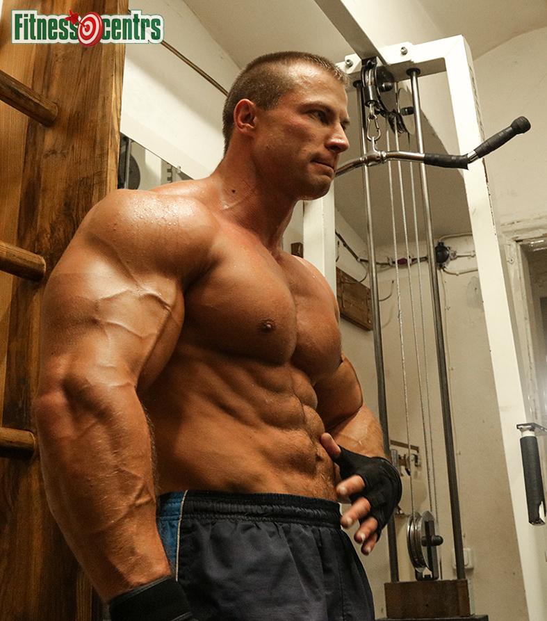 http://img.fitnes.lv/2/bodybuilding_2897156351433_7107.jpg