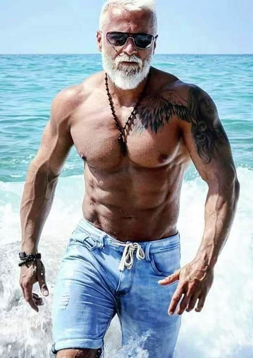 http://img.fitnes.lv/2/bodybuilding_28982753.jpg