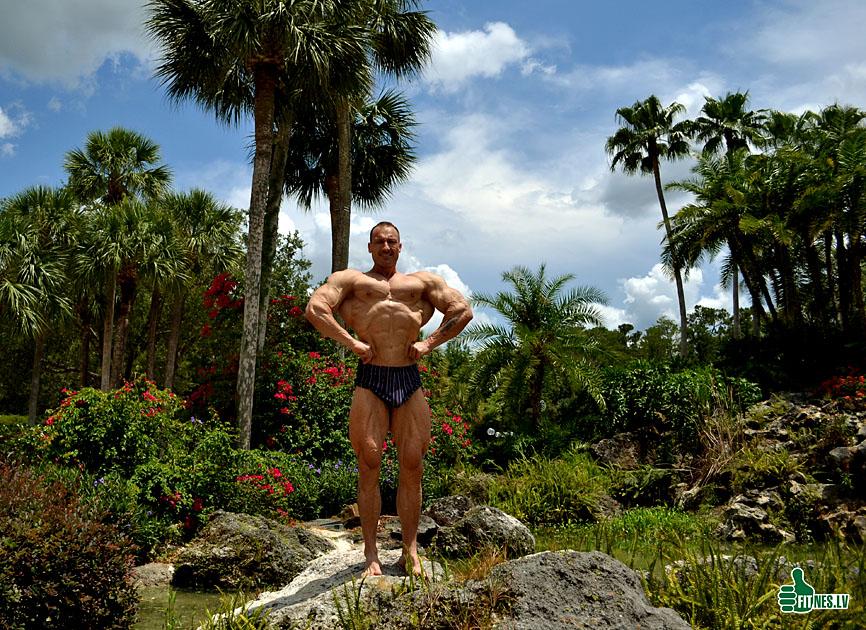 http://img.fitnes.lv/2/bodybuilding_289_0339.jpg
