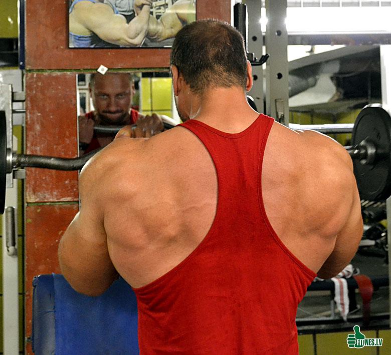 http://img.fitnes.lv/2/bodybuilding_3667_0293.jpg