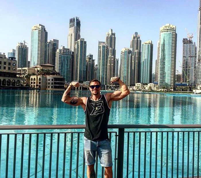 http://img.fitnes.lv/2/bodybuilding_5905948833863.jpg