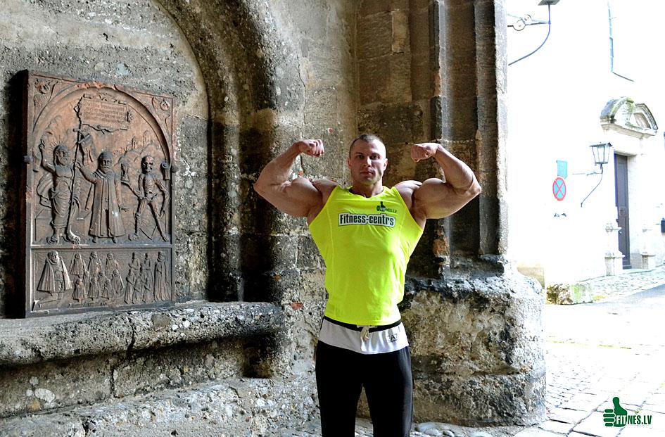http://img.fitnes.lv/2/bodybuilding_749_0309.jpg