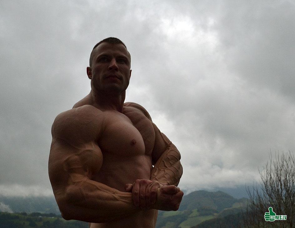 http://img.fitnes.lv/2/bodybuilding_940_0212.jpg